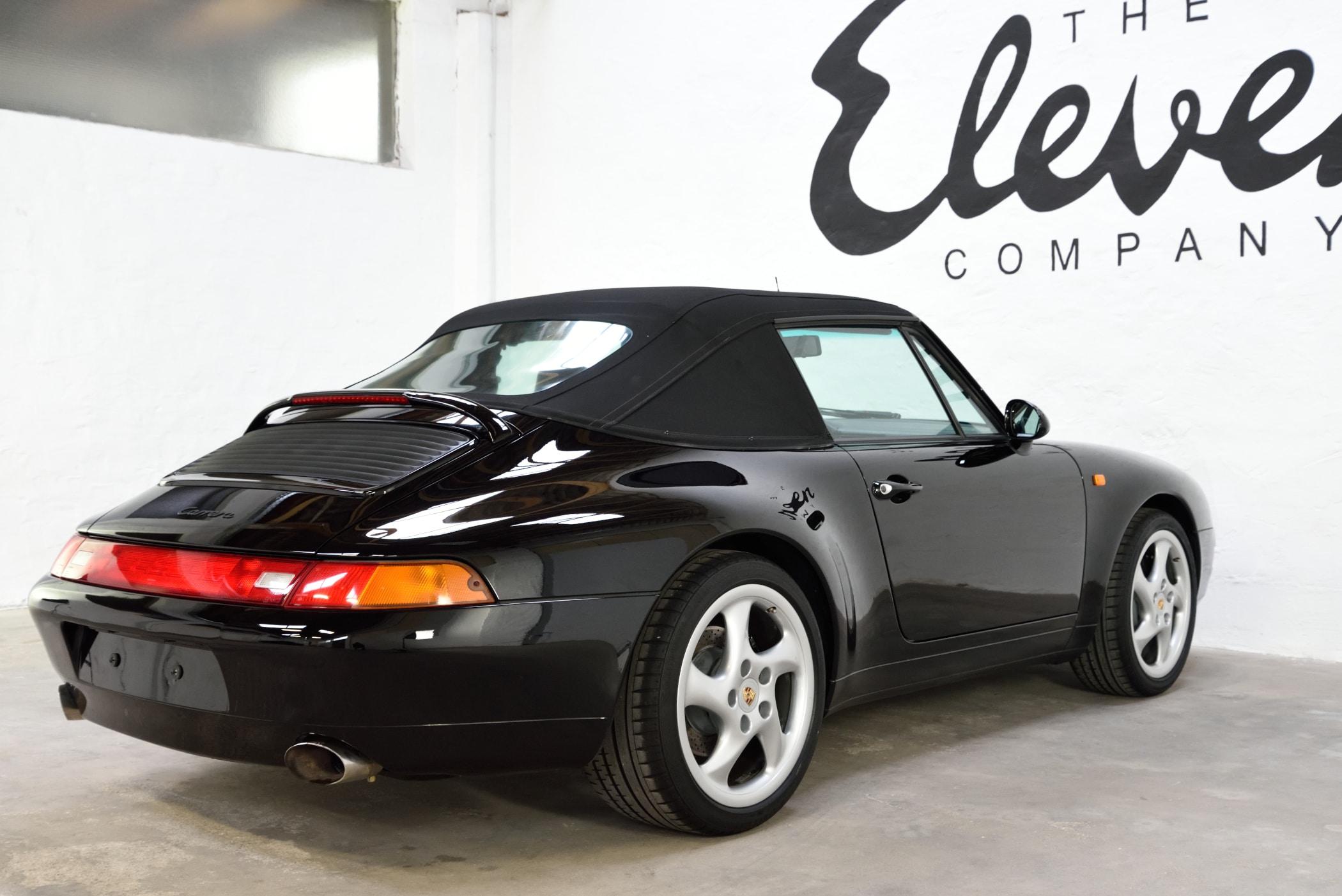 Porsche 993 Cabriolet schwarz