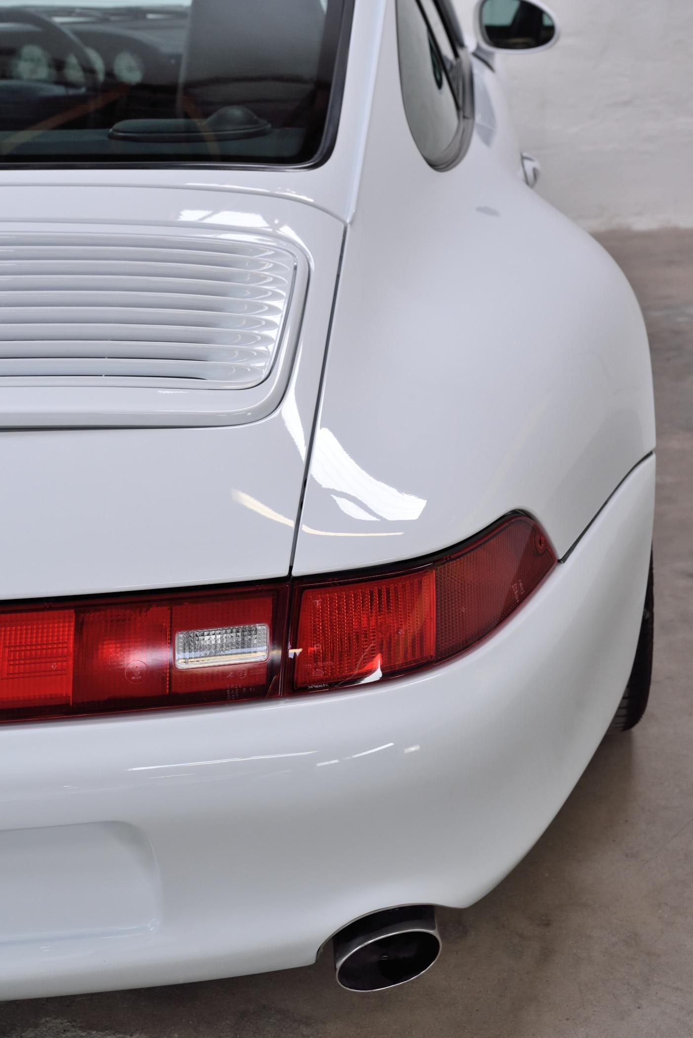 Porsche 911 M220