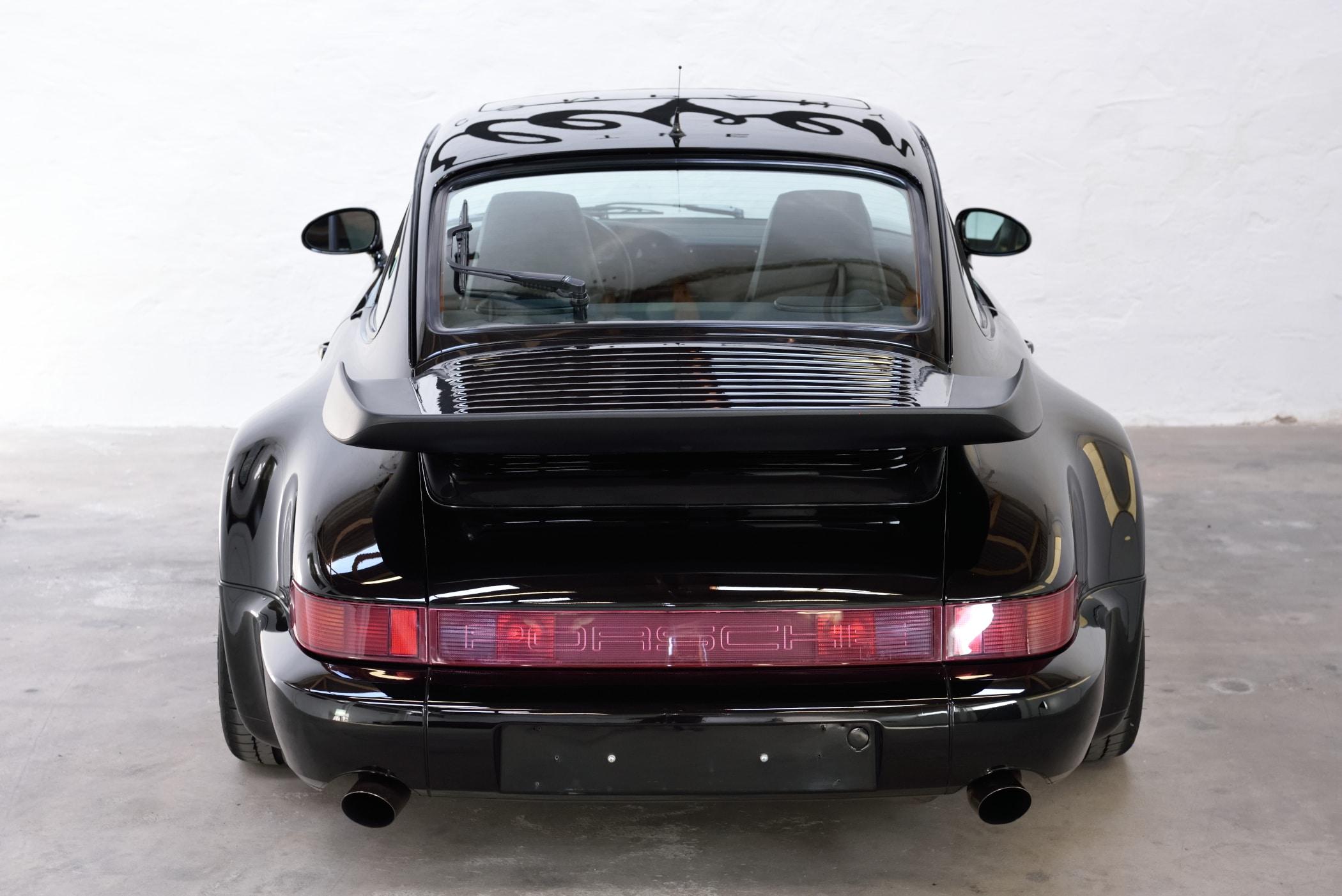 Porsche 911 Turbo schwarzmetallic