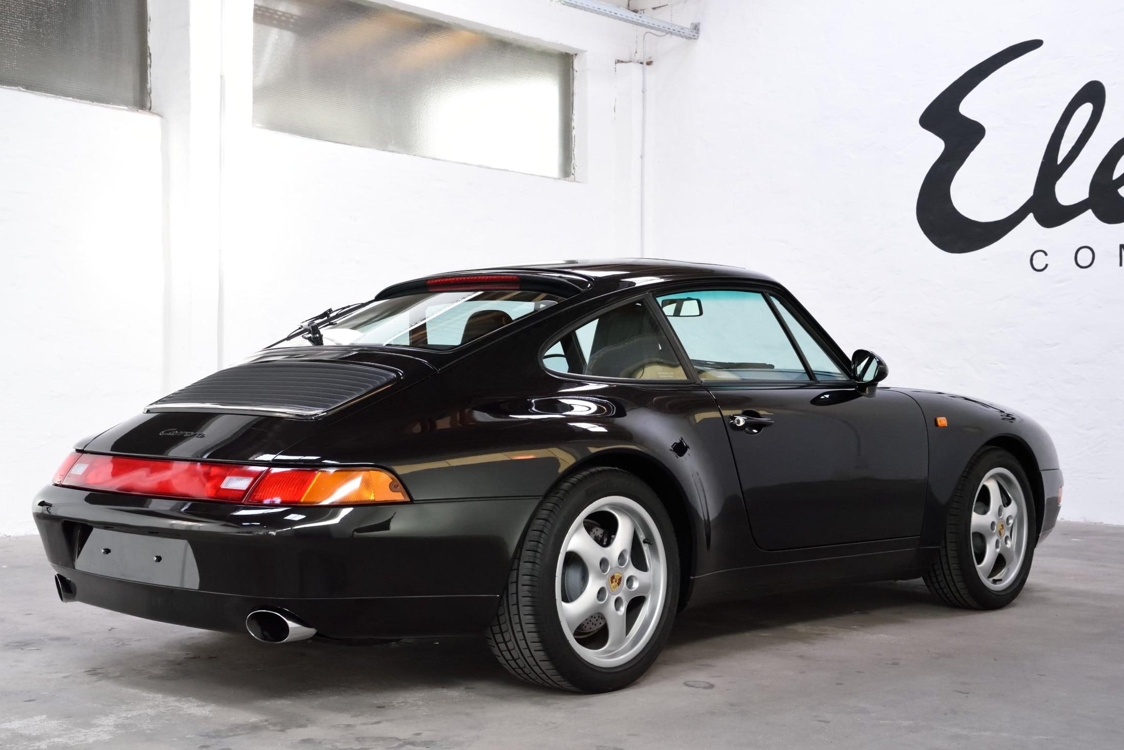 Porsche schwarz metallic